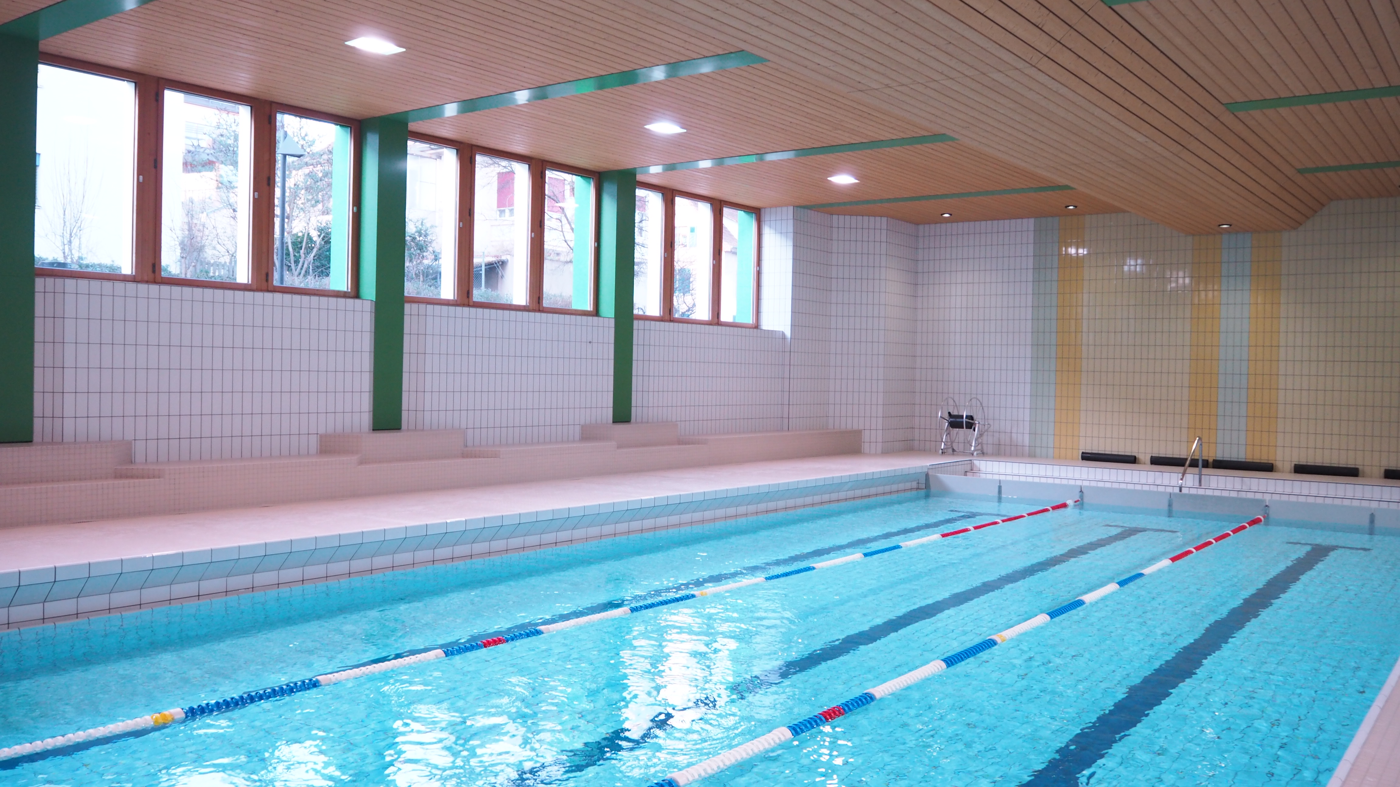 Schwimmhalle Birsfelden